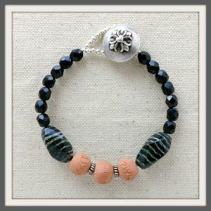 """Haumanu"" Aromatherapy Bracelet"