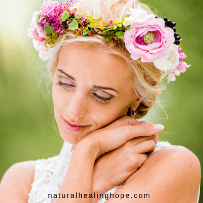 Pretty lady looking happy- 8 Subscription Boxes with Natural Beauty Products to Pamper You